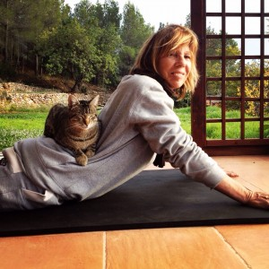 IMG_0209 (Yoga with my Tom-cat)